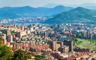 Escapada en el centro de Bilbao para dos con desayuno.