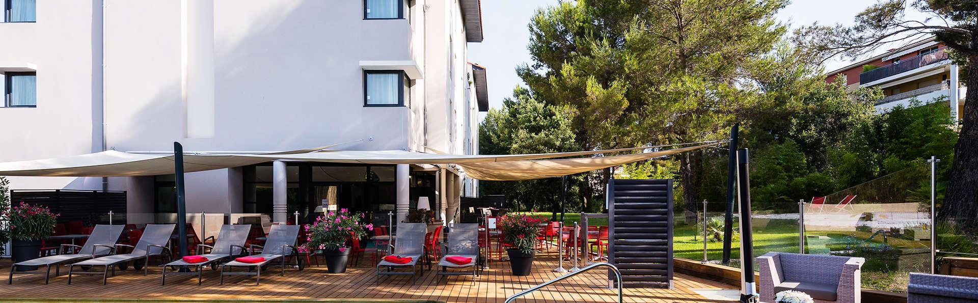 H tel de l 39 arbois h tel de charme aix en provence - Hotel de charme aix en provence ...
