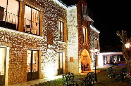 Week-end avec détente dans une villa***** à Sarlat, capitale du Périgord noir