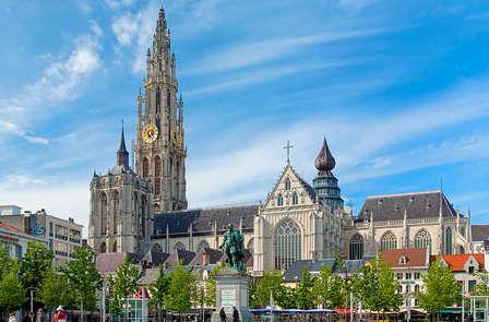 Kerstmarkt en diner in Antwerpen (vanaf 2 nachten)