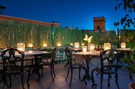 Escapada en el centro de Sevilla en un hotel típico andaluz