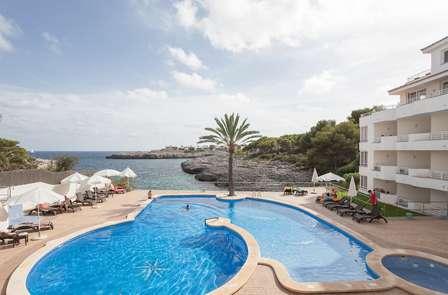 Oferta Especial: Disfruta de Mallorca en Portomar (desde 2 noches)