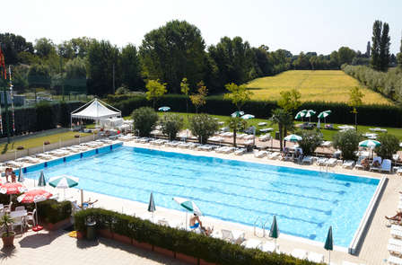 Weekend di lusso in resort con SPA e campo da tennis a Venezia (da 2 notti)