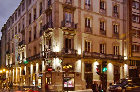 Escapada Romántica en Oviedo