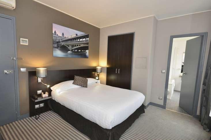 h tel jardin de villiers h tel de charme paris 75. Black Bedroom Furniture Sets. Home Design Ideas