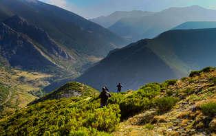 Escapada con cena y visita a la bodega en los Picos de Europa