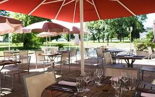 Offre spéciale : Week-end avec dîner et SPA près du lac Léman à côté de Genève (à partir de 2 nuits)