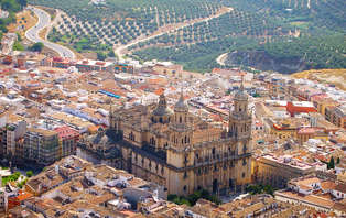 Escapada con cena y relax: enamorados en Jaén