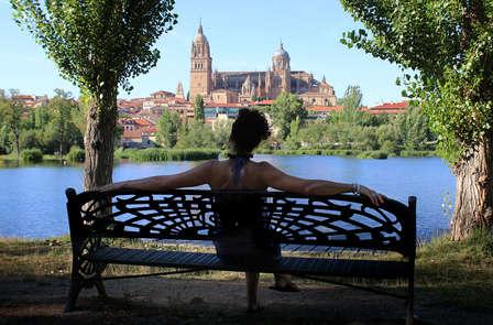 Escapada cultural con detalle romántico en Salamanca