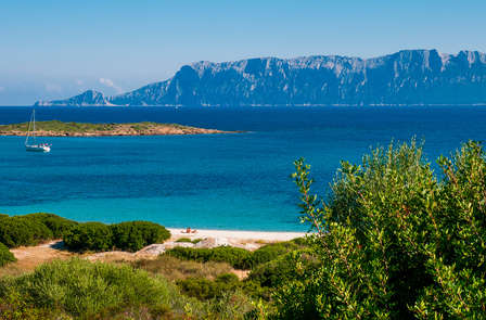 Imperdibile early booking per trascorrere le vacanze estive in Sardegna