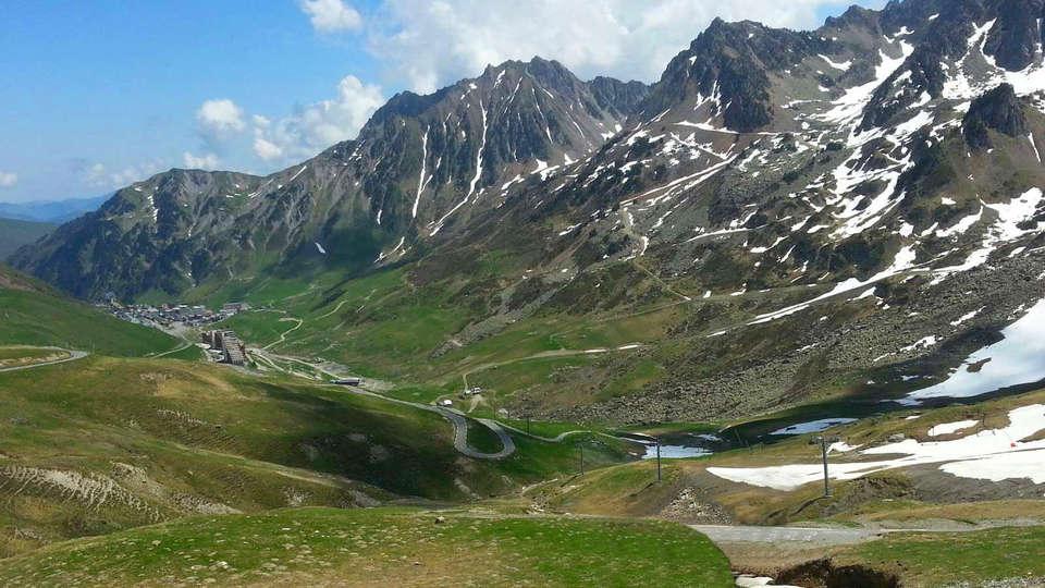 rencontre entre adulte gratuit Hautes-Pyrénées