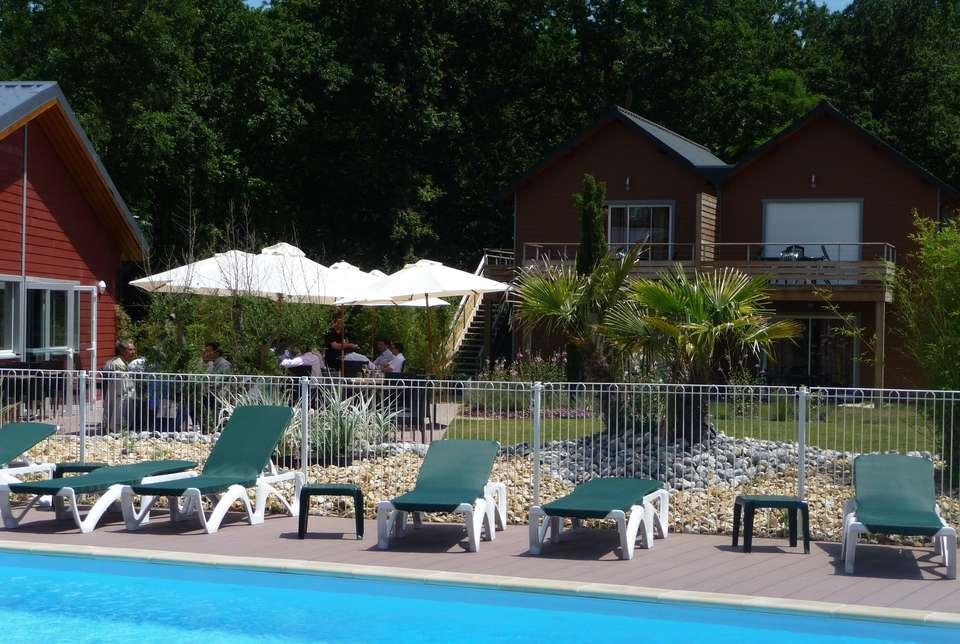 Le Relais du Plessis - hotel_piscine_chinon.jpg