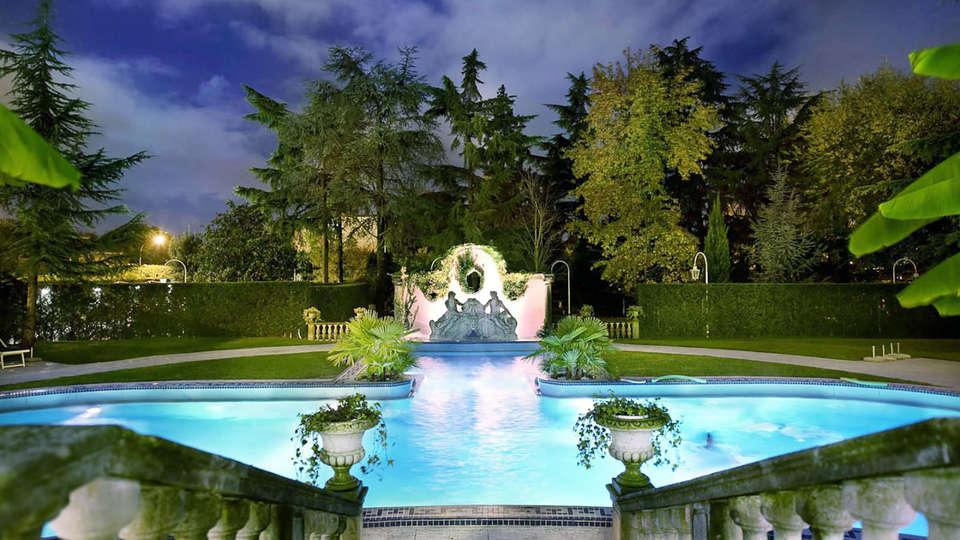 Hotel Abano Ritz Terme - EDIT_piscina_altarisoluzione.jpg