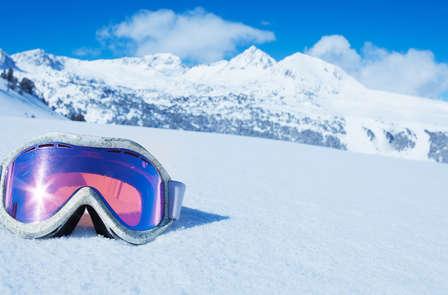 Esquí con forfait de 2 días en Isola y pensión completa