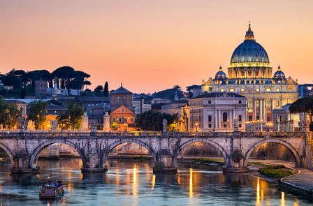Een magische avond in Rome met diner, fles wijn en fruit