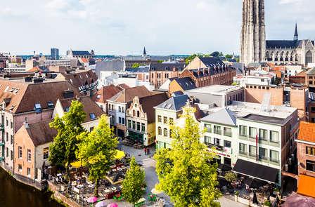 Studio in Mechelen en beklim de Sint-Romboutstoren