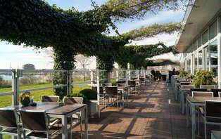 Spa et dîner au bord de la Vieille Meuse près de Rotterdam