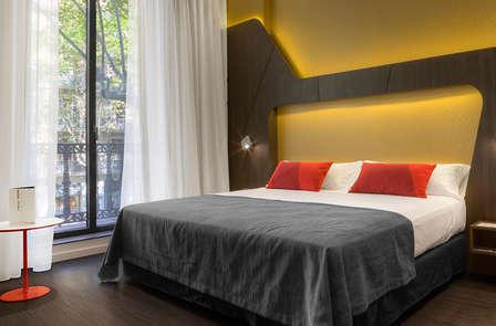 Oferta Excusiva: Descubre el encanto de Barcelona con entradas a la Sagrada Familia (desde 3 noches)