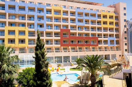 Mini vacaciones en familia en Pensión completa y niños gratis en Roquetas de mar (Desde 2 noches)