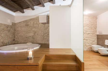 Soggiorno in Suite con vasca idromassaggio in camera... un sogno fatto realtà!