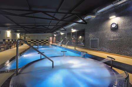 Escapada con degustación de tapas con acceso al spa en Girona