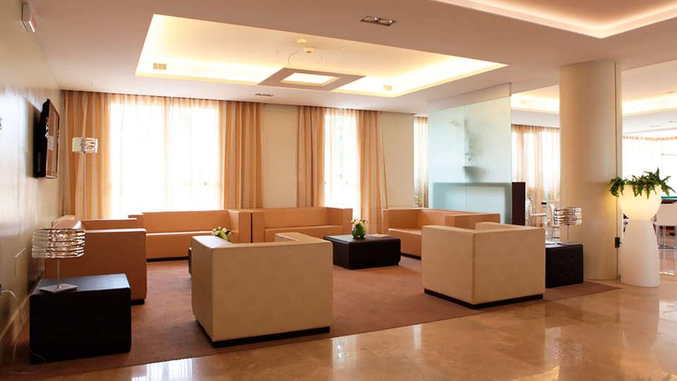 Best Western Hotel Tor Vergata - edit_lobby.jpg