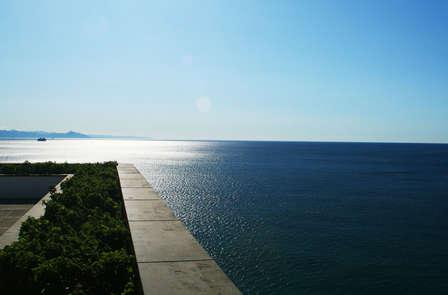 Tramonto davanti al mare sulla Riviera di Ponente