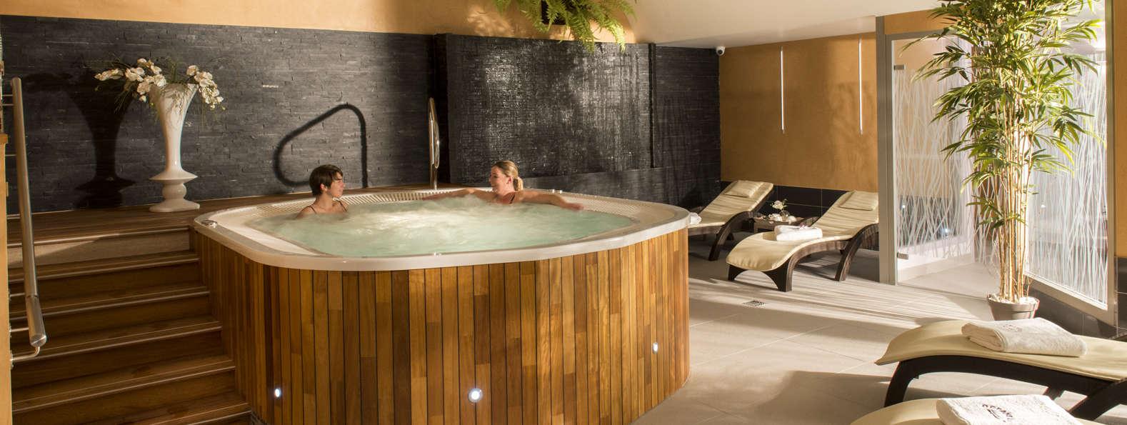 week end bien tre royan avec acc s au spa pour 2 adultes partir de 189. Black Bedroom Furniture Sets. Home Design Ideas