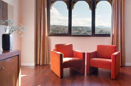 Escapada en Junior Suite: Granada con cena, spa y Jacuzzi en la habitación