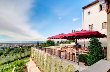 Una terrazza su Firenze: vacanze in un'antica villa e cena con vista (da 5 notti)