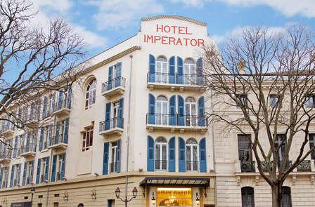Week-end dans l'hôtel historique de la ville de nîmes