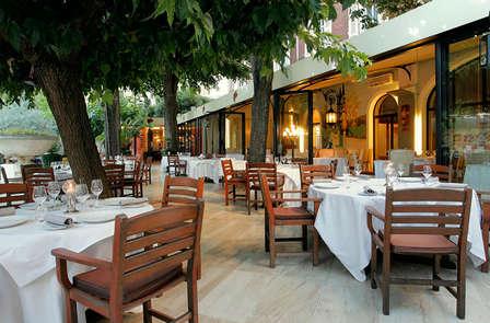 Offre Spéciale été : Escapade gourmande en plein coeur de Nîmes la Romaine