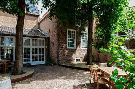 Vorstelijk en culinair genieten in Tholen met behandeling en historisch museum (vanaf 2 nachten)