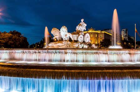 Laat je rondrijden en bezoek gemakkelijk de mooiste plekken in Madrid