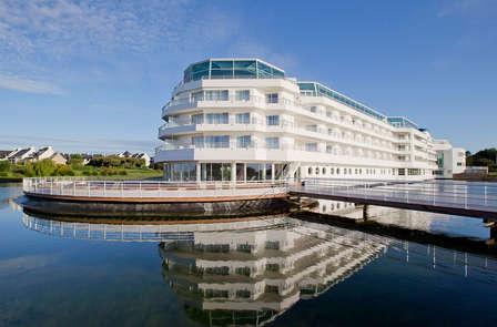 Escapade iodée dans un hôtel 5* en plein cœur du Golfe du Morbihan (2 nuits, accès spa inclus)