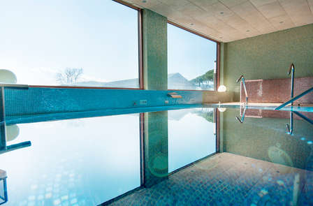 Especial Weekendesk: Escoge entre masaje o cena más Spa en Santa Coloma de Farners
