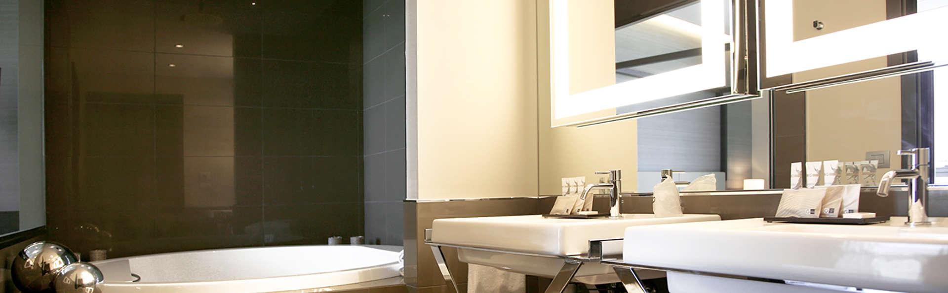 EGO Hotel Ancona - edit_bathroom.jpg
