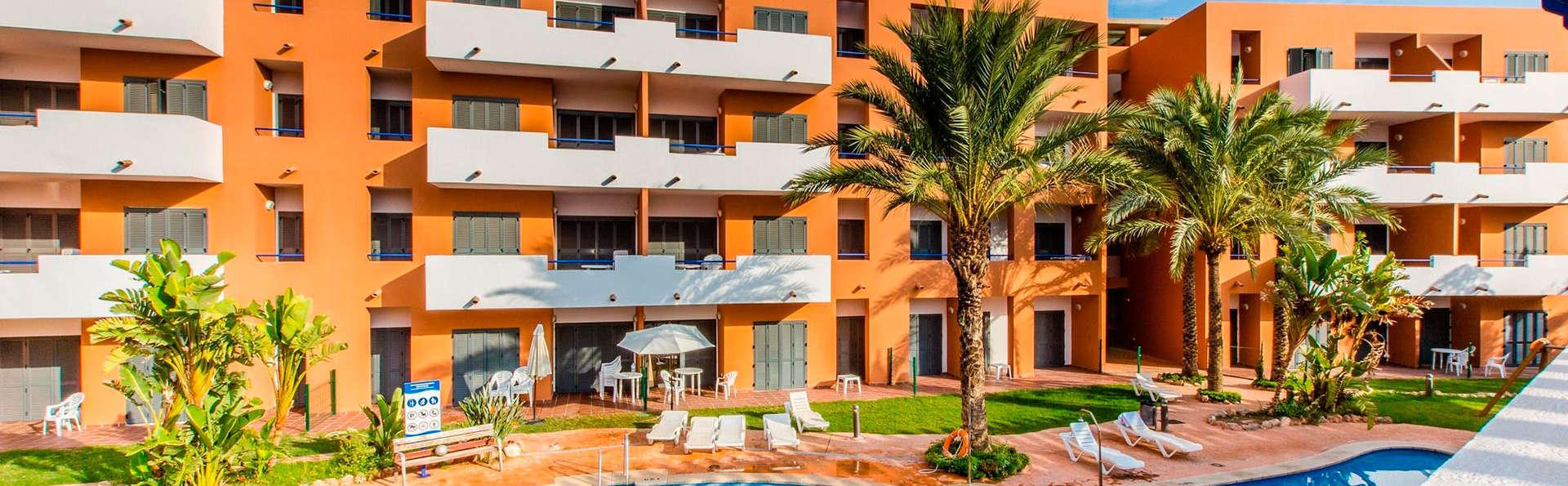 Apartamentos Turísticos Parque Tropical - EDIT_pool2.jpg