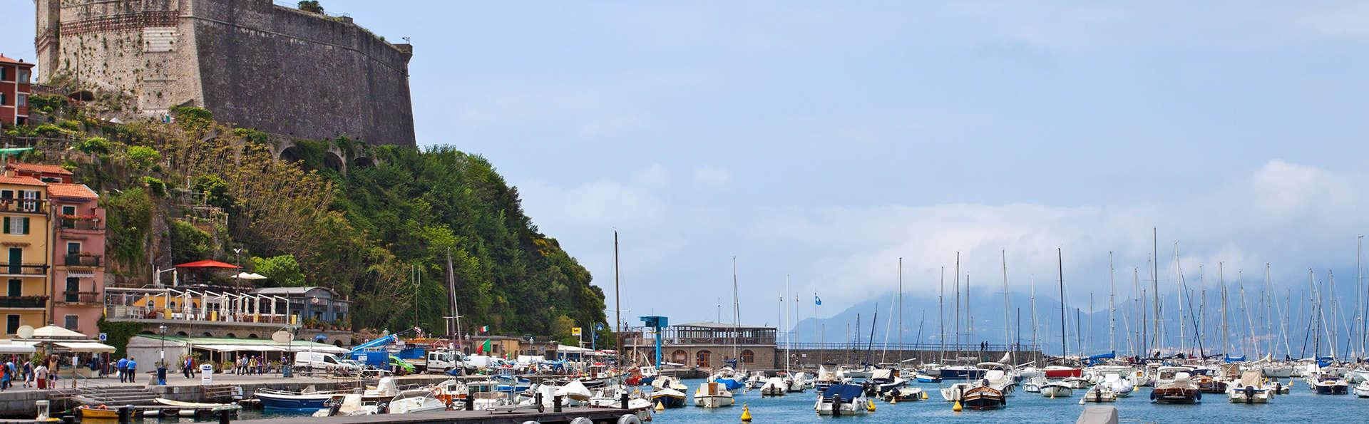 Santa Caterina Park Hotel - edit_Fotolia_53296506_sarzana.jpg
