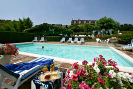 Hostellerie Saint Jacques  -