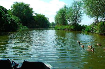 Escapade romantique avec virée sur le Lac d'Audomarois