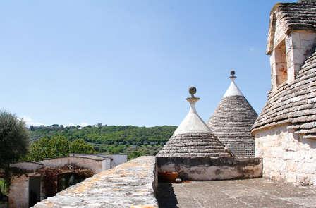 Puglia romantica: charme e relax tra i trulli