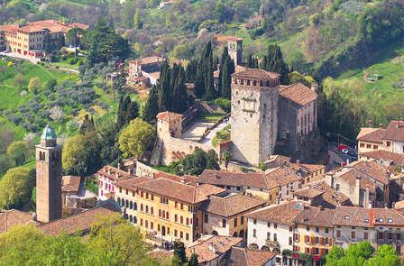 Descubre Asolo: romanticismo entre villas, colinas y castillos