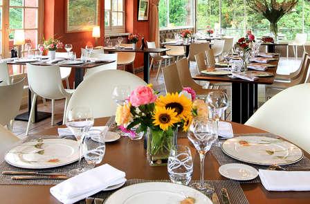 Fêtez les 50 ans de l'hôtel lors de ce séjour avec dîner et bouteille de champagne (2 nuits min)