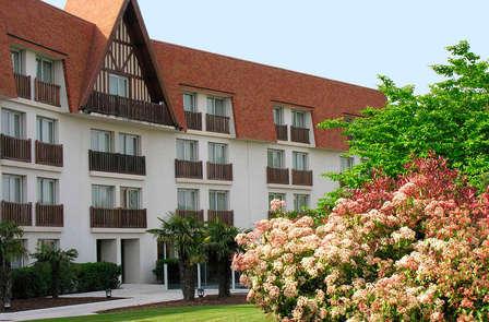 Weekend in een 'standing' kamer inclusief diner voor maximaal 2 volwassenen en 1 kind in Deauville