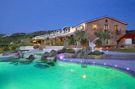 Mini-vacaciones en la Costa Esmeralda (desde 5 noches)