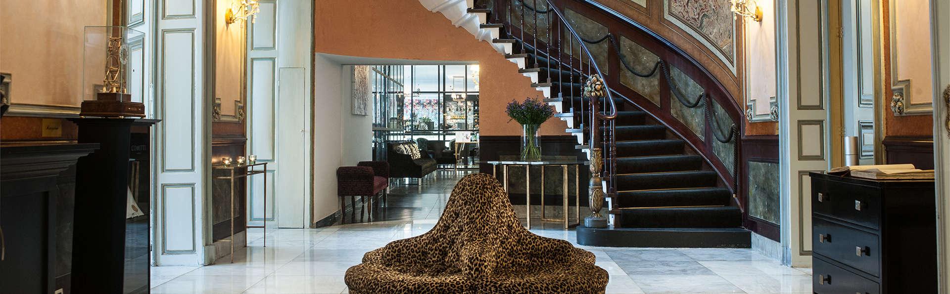 Sandton Grand Hotel Reylof Gent - EDIT_hall2.jpg