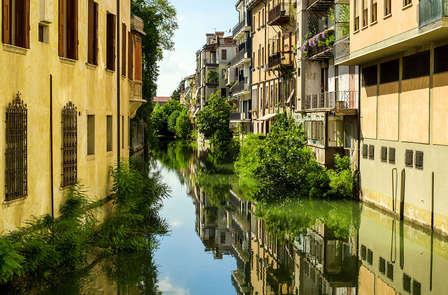 Vacaciones culturales en Padua en un moderno 4 estrellas