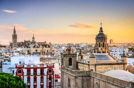 Weekend a Siviglia: con tipico Tablao Flamenco andaluso e con tapas e vino (da 2 notti)