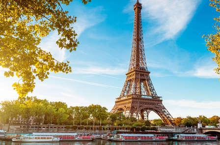 Week-end au coeur de Paris avec Visite guidée des Coulisses de la Tour Eiffel